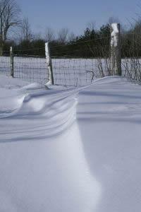 opgewaaide sneeuw